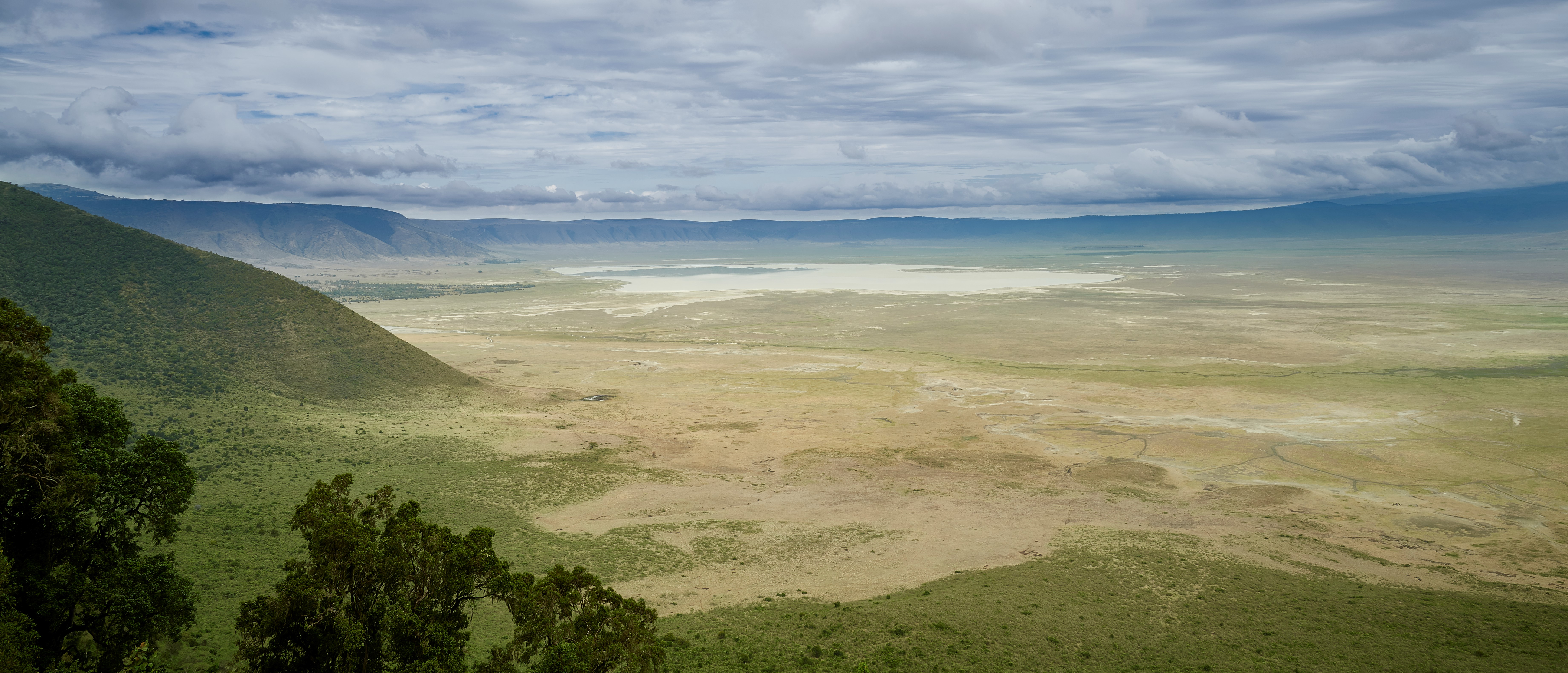 ngorongoro-crater-panorama