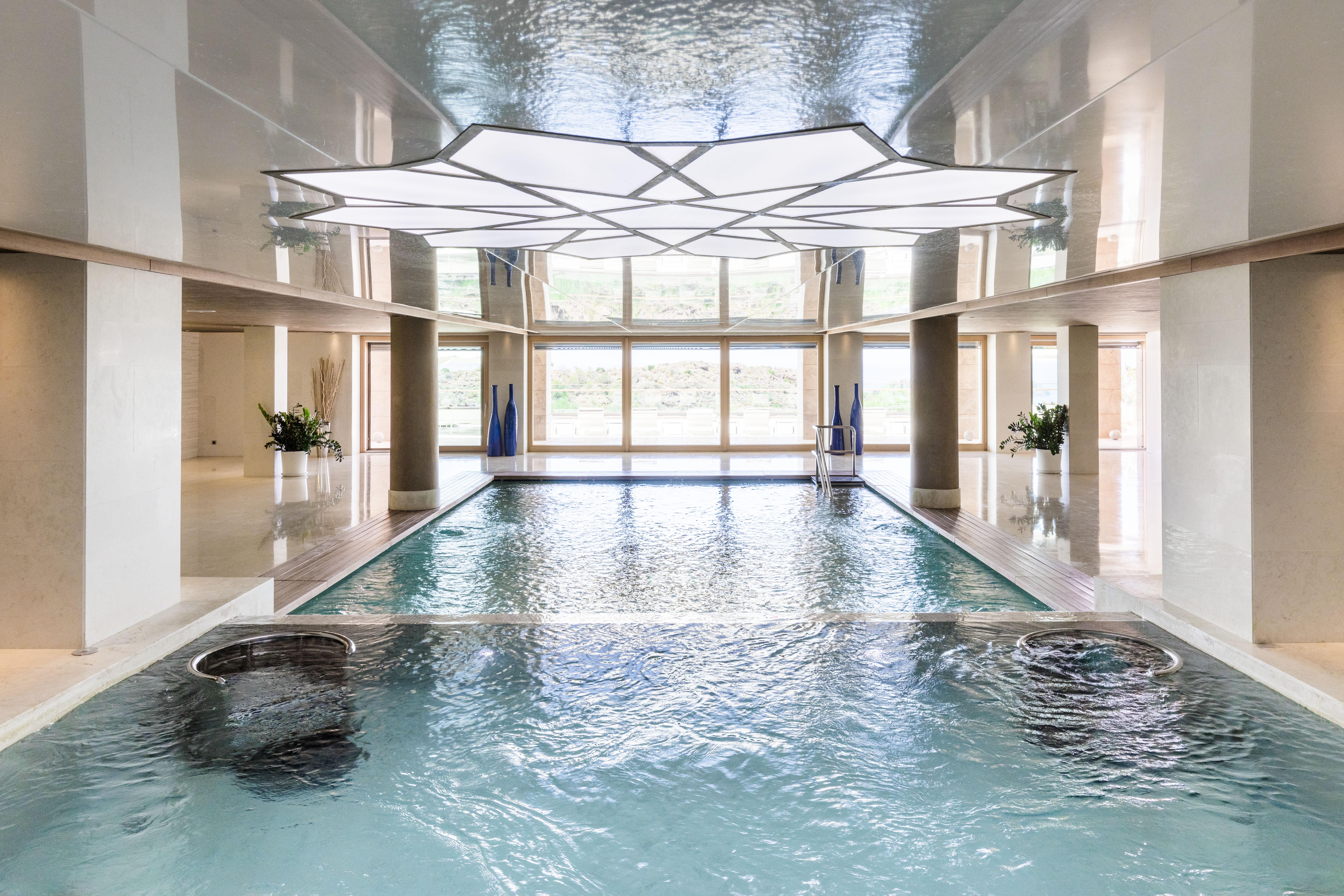 D-Hotel-Maris-Spa-Pool