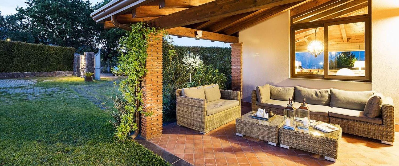 villa-trecastagni-sicily-terrace