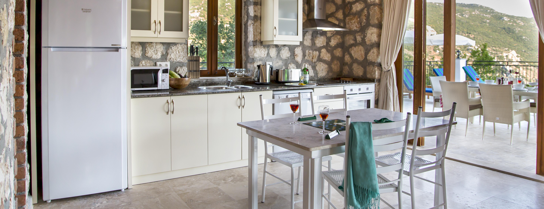 yazarin-evi-villa-kitchen