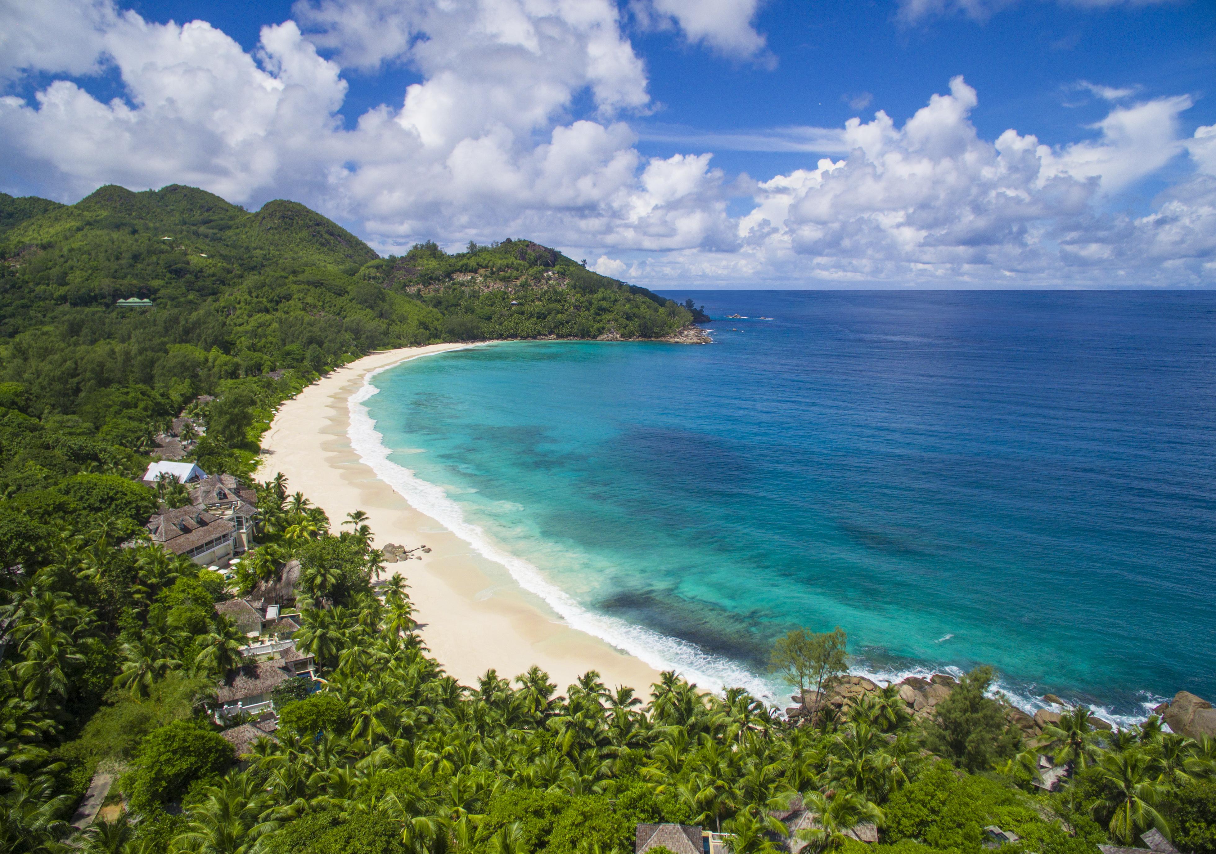 zil-pasyon-beach-seychelles