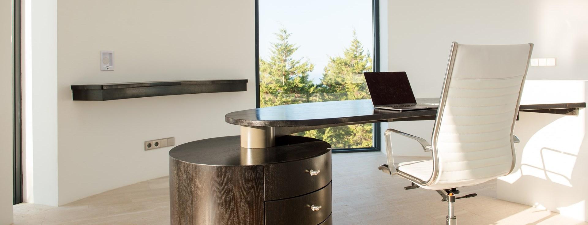 villa-can-castello-office