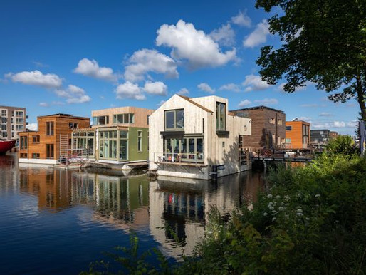 Amsterdam's Stylish Off-Grid Floating Village