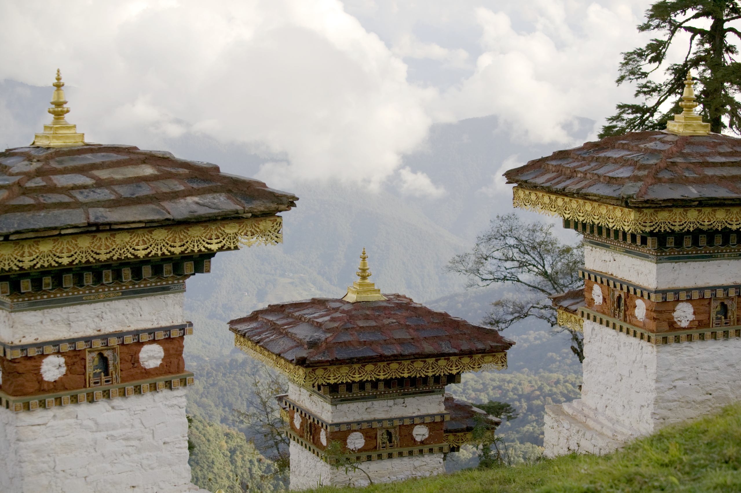 himalayan-kingdom-bhutan