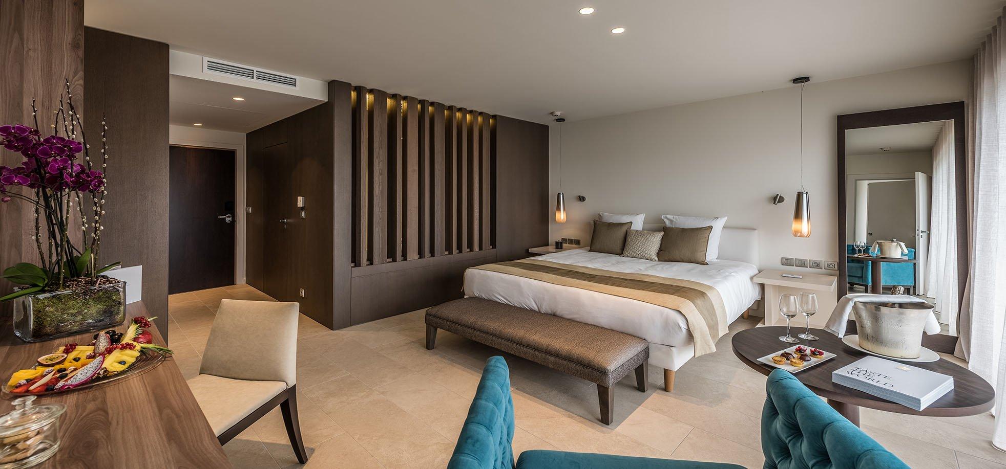 Deluxe-Room-cap-antibes-hotel