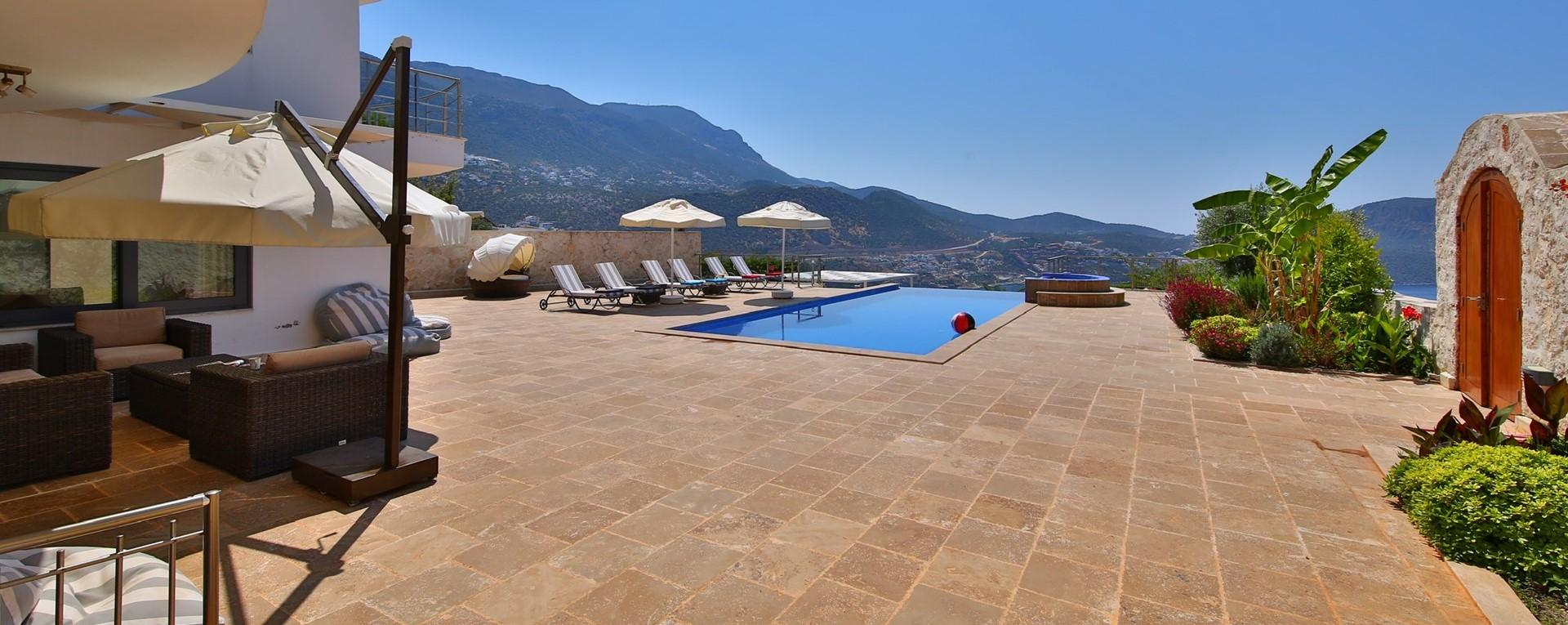 5-bedroom-luxury-pool-villa-kalkan