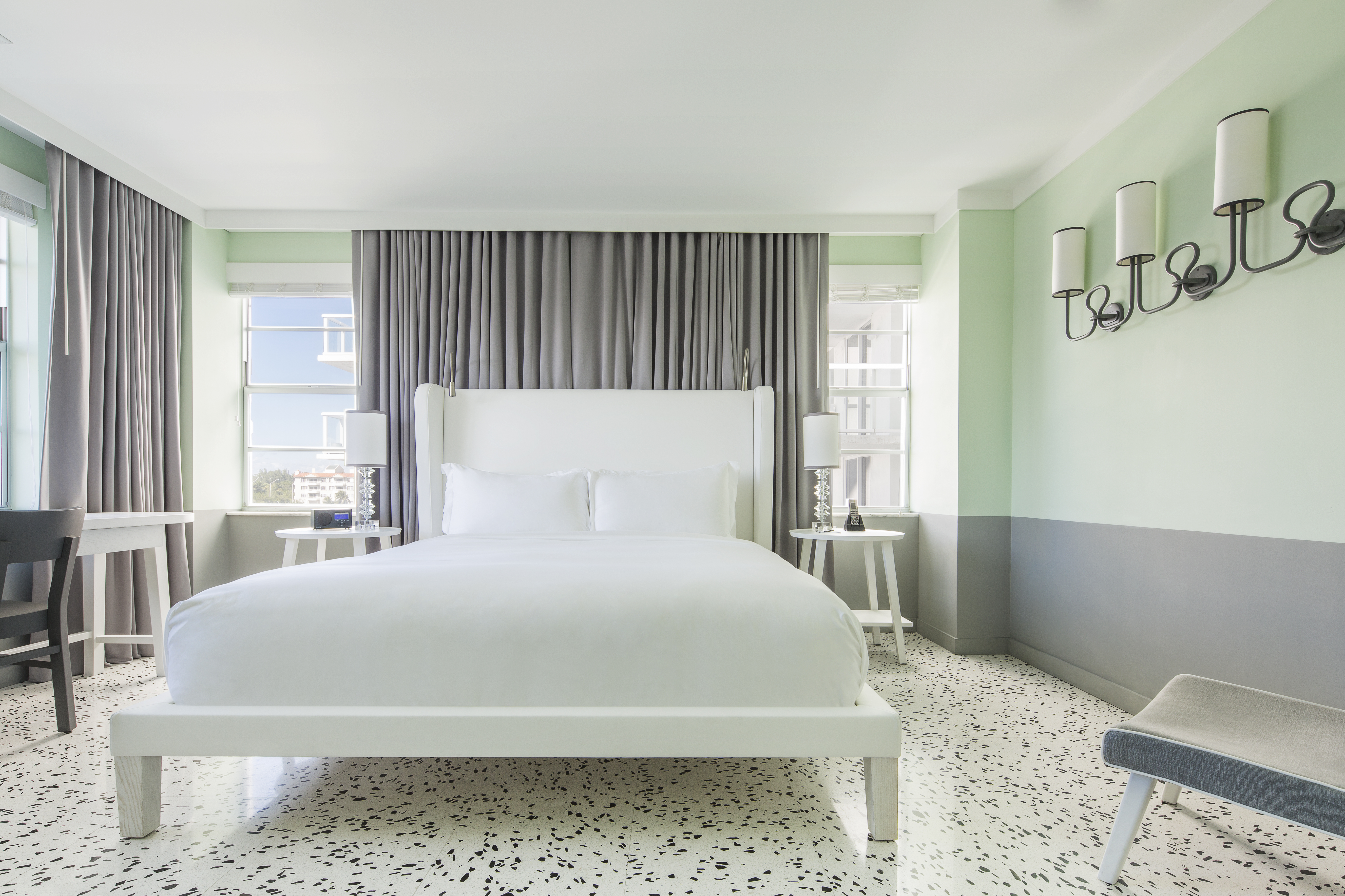 luxury-boutique-art-deco-hotel-miami