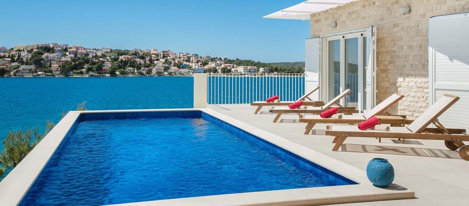 luxury-beachfront-villa-split-croatia