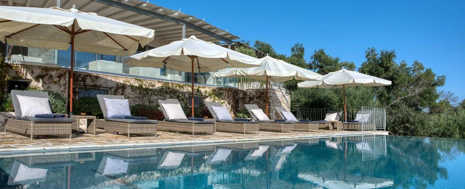 peristera-house-corfu-pool