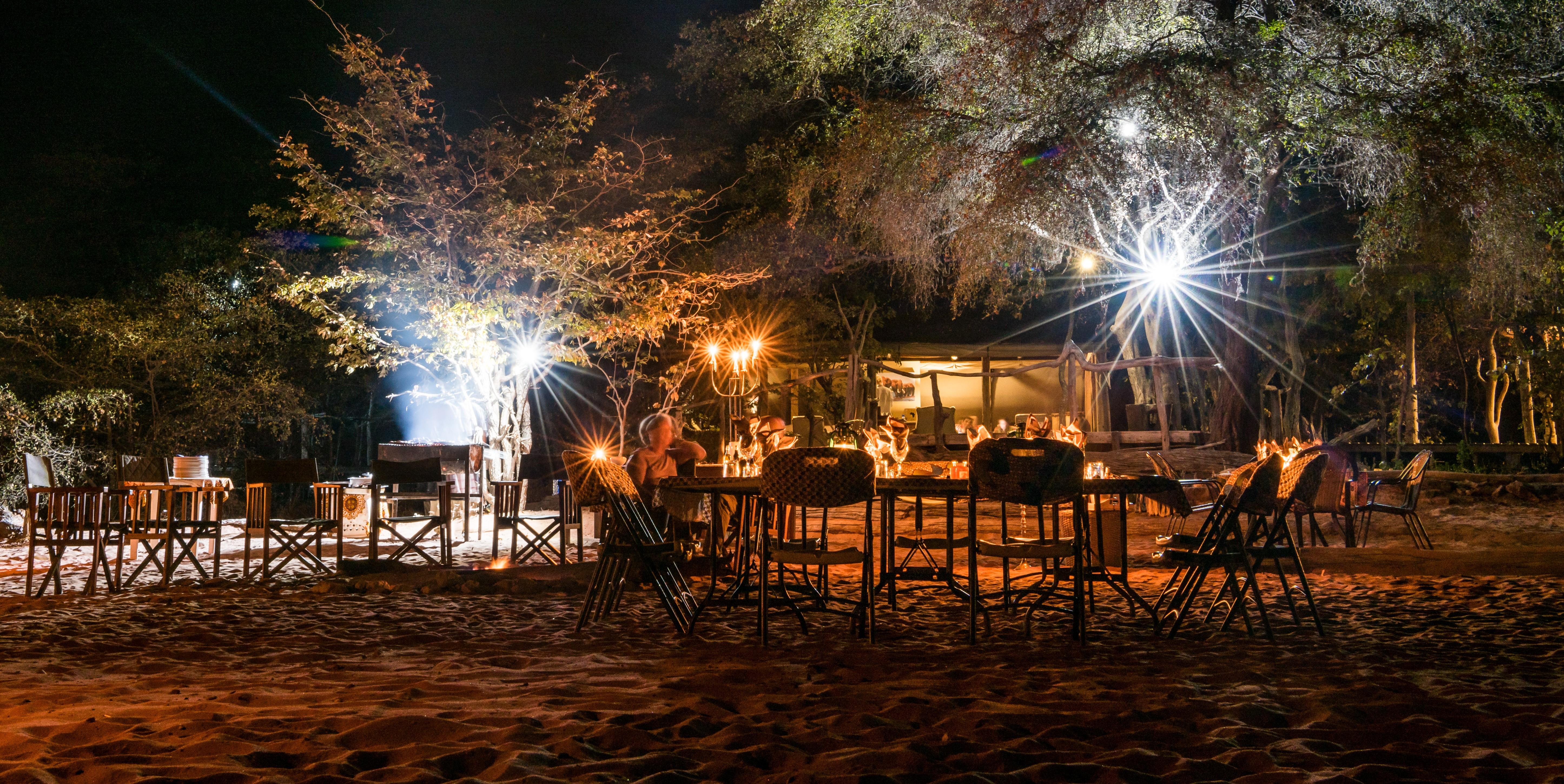 changa-safari-camp-fireside-stories