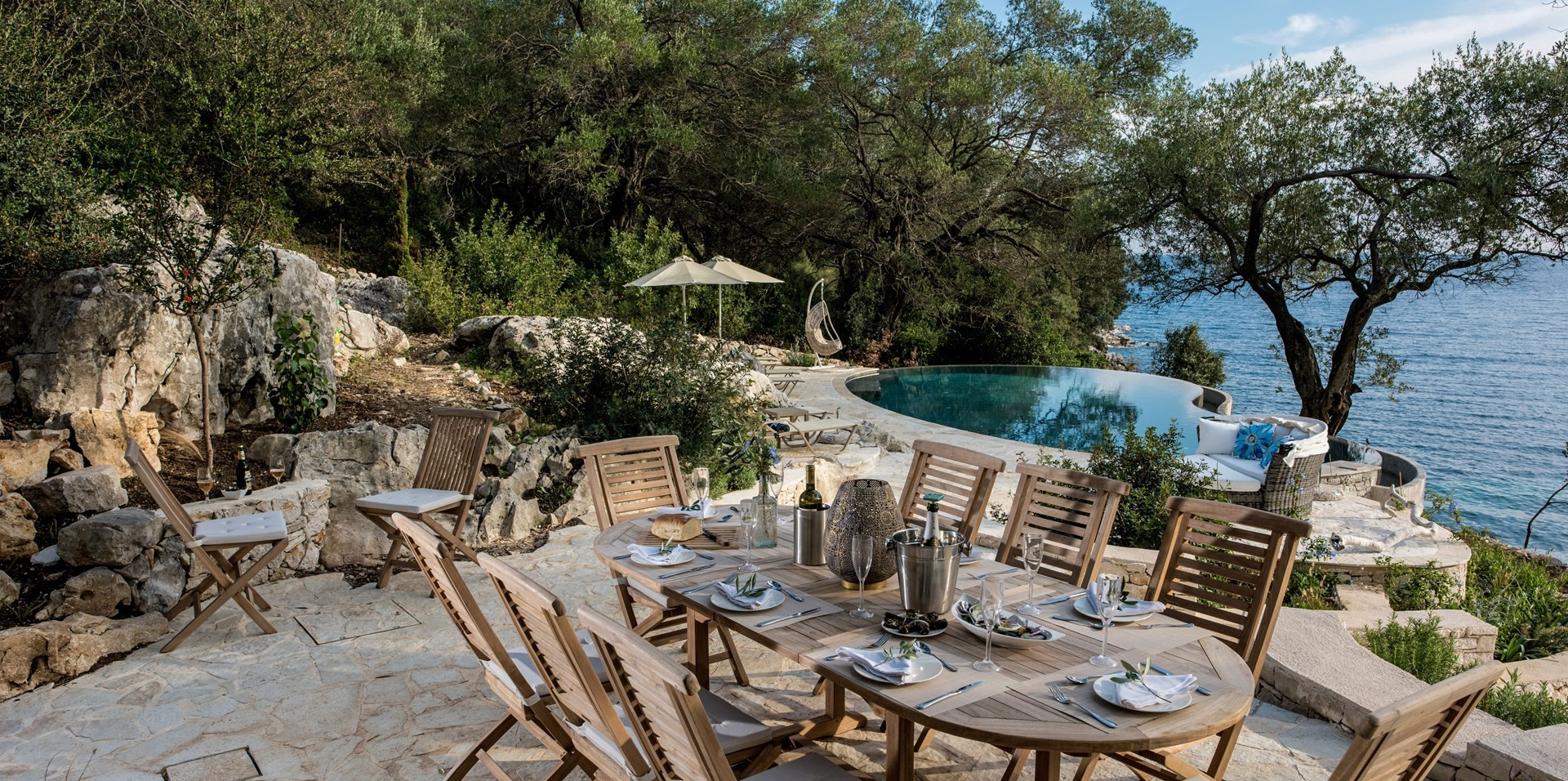 pebble-bay-6-bed-villa-corfu