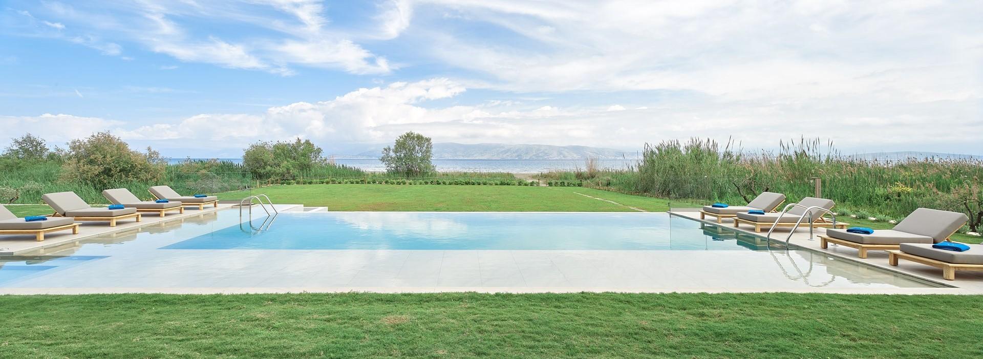 luxury-6-bedroom-beach-villa-corfu