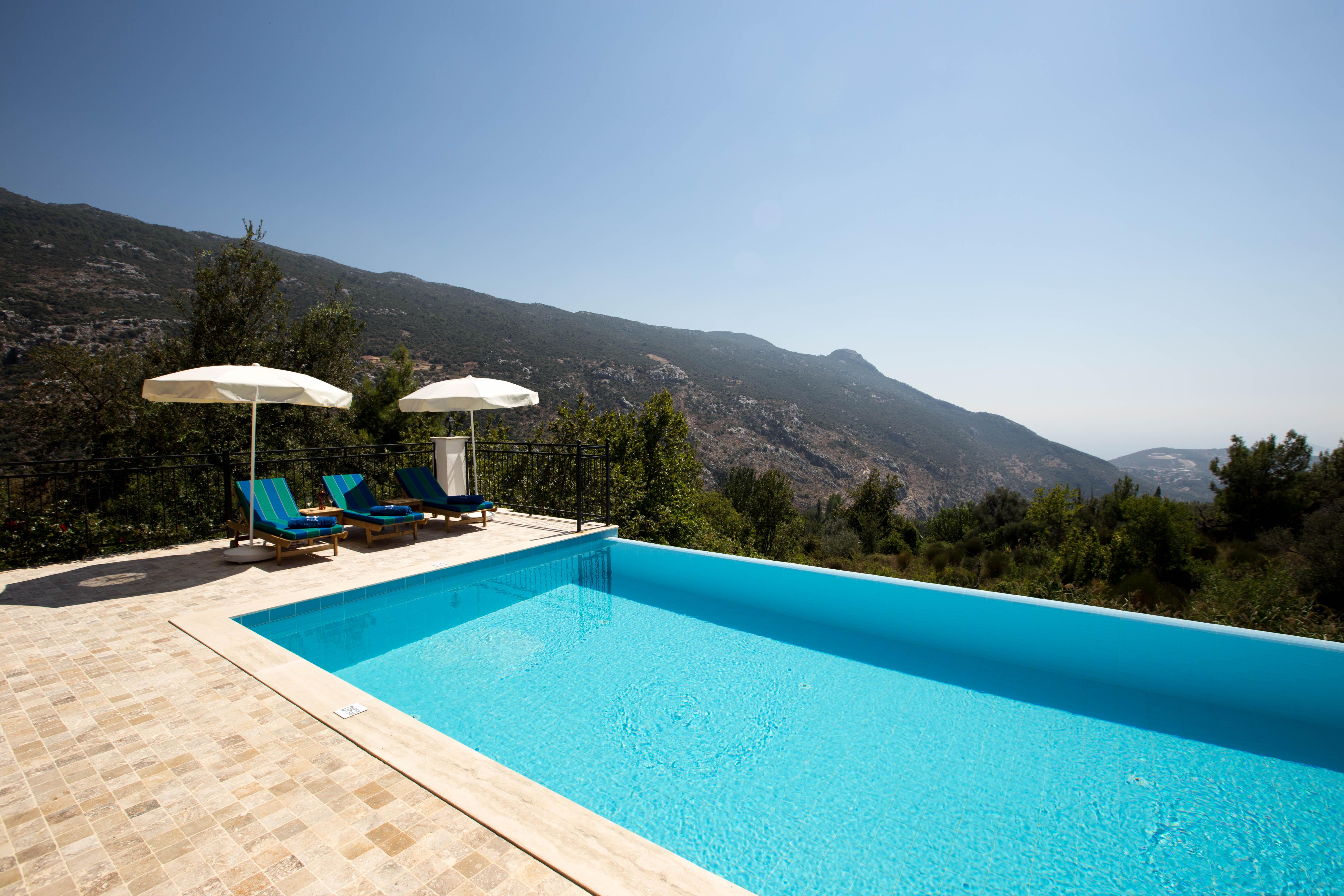 luxury-3-bedroom-villa-kalkan-family