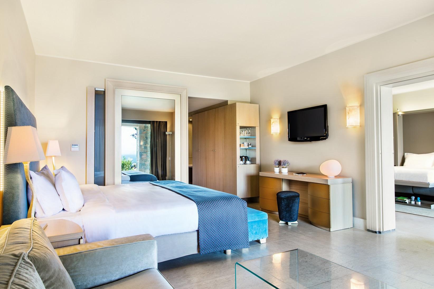 luxury-accommodation-family-crete