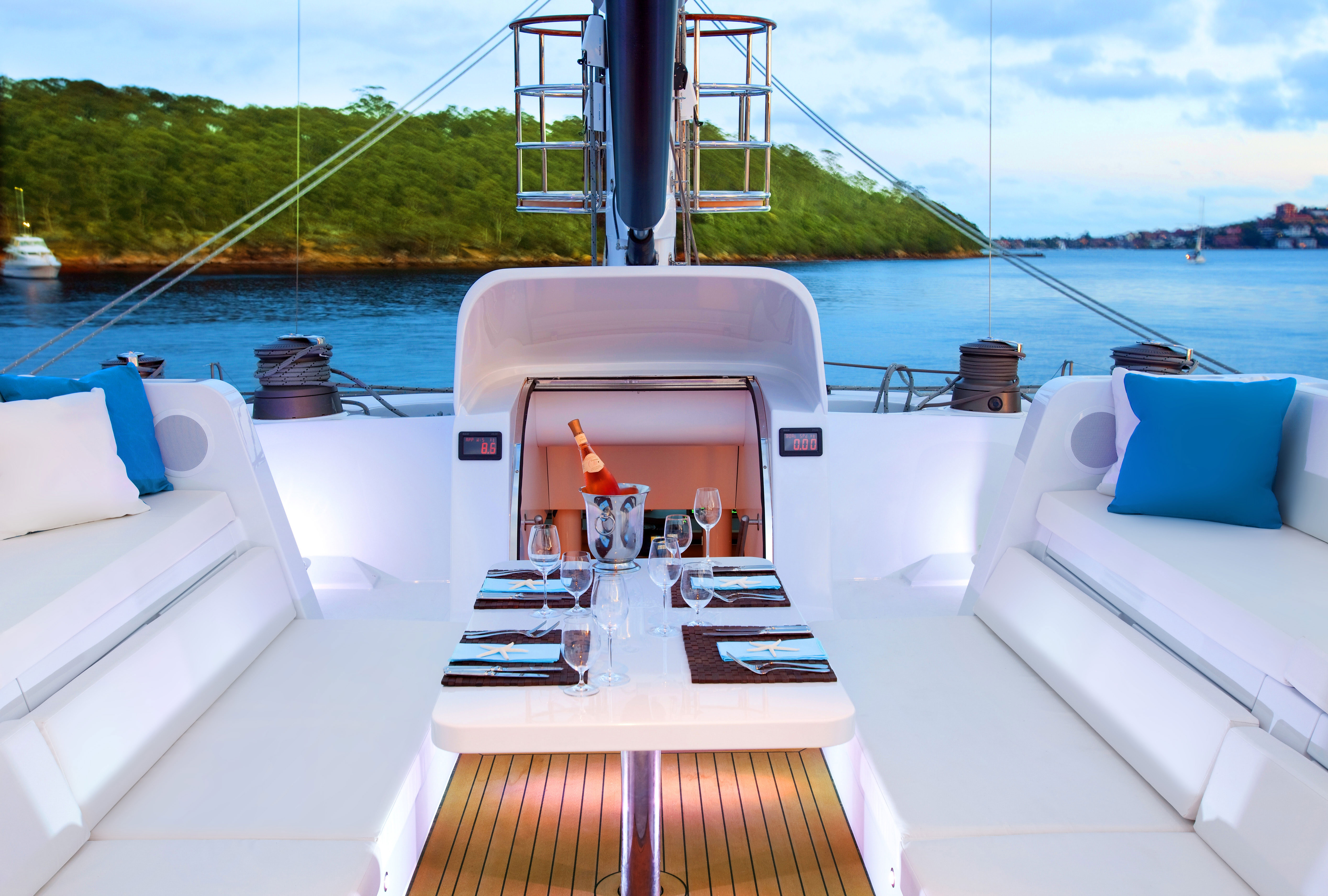 necker-belle-deck-seating