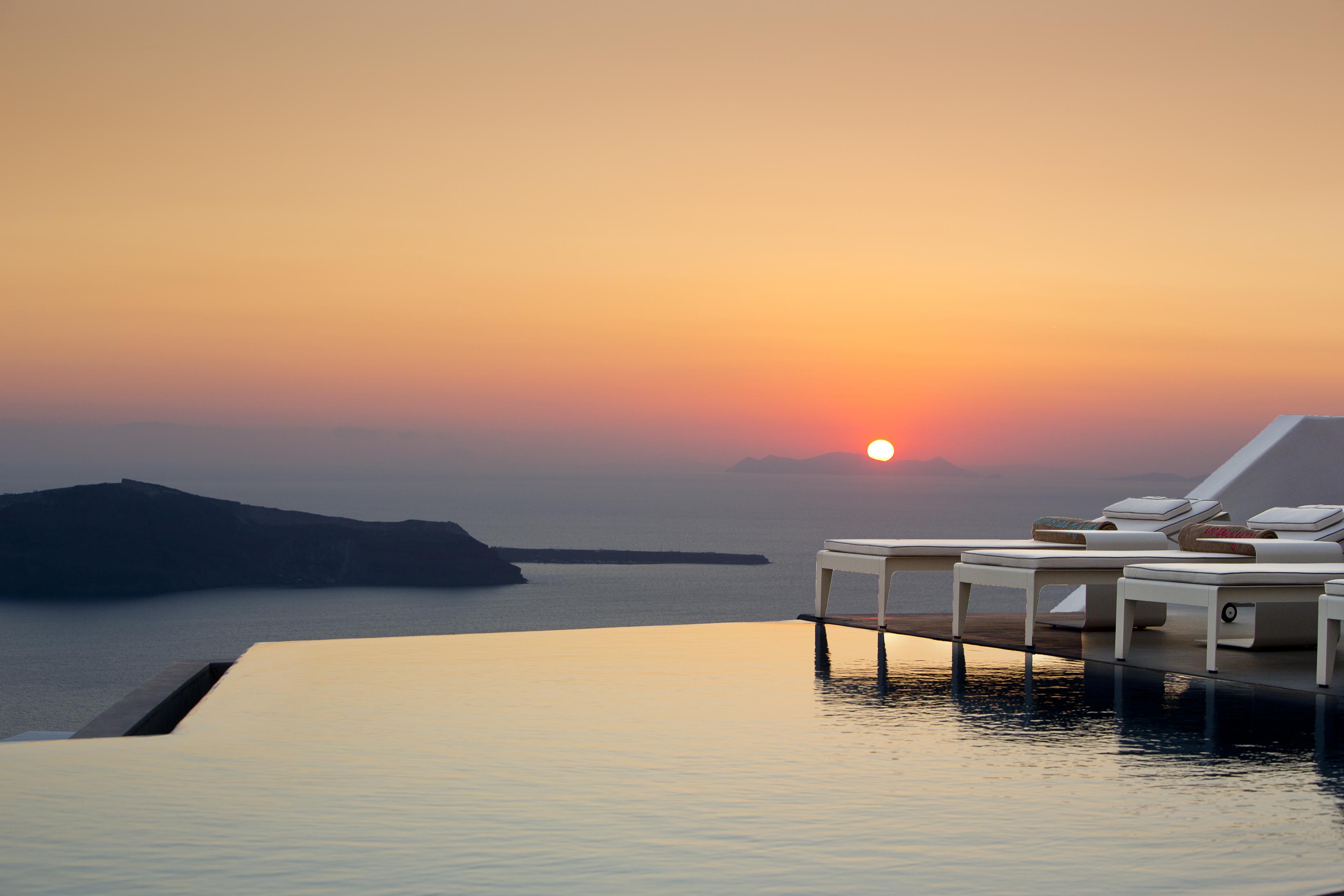 grace-santorini-luxury-hotel