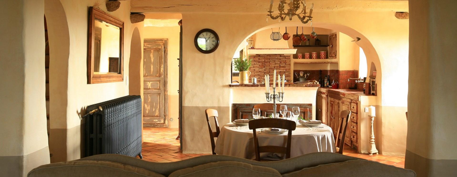 5-bedroom-villa-eddera-corsica-kitchen