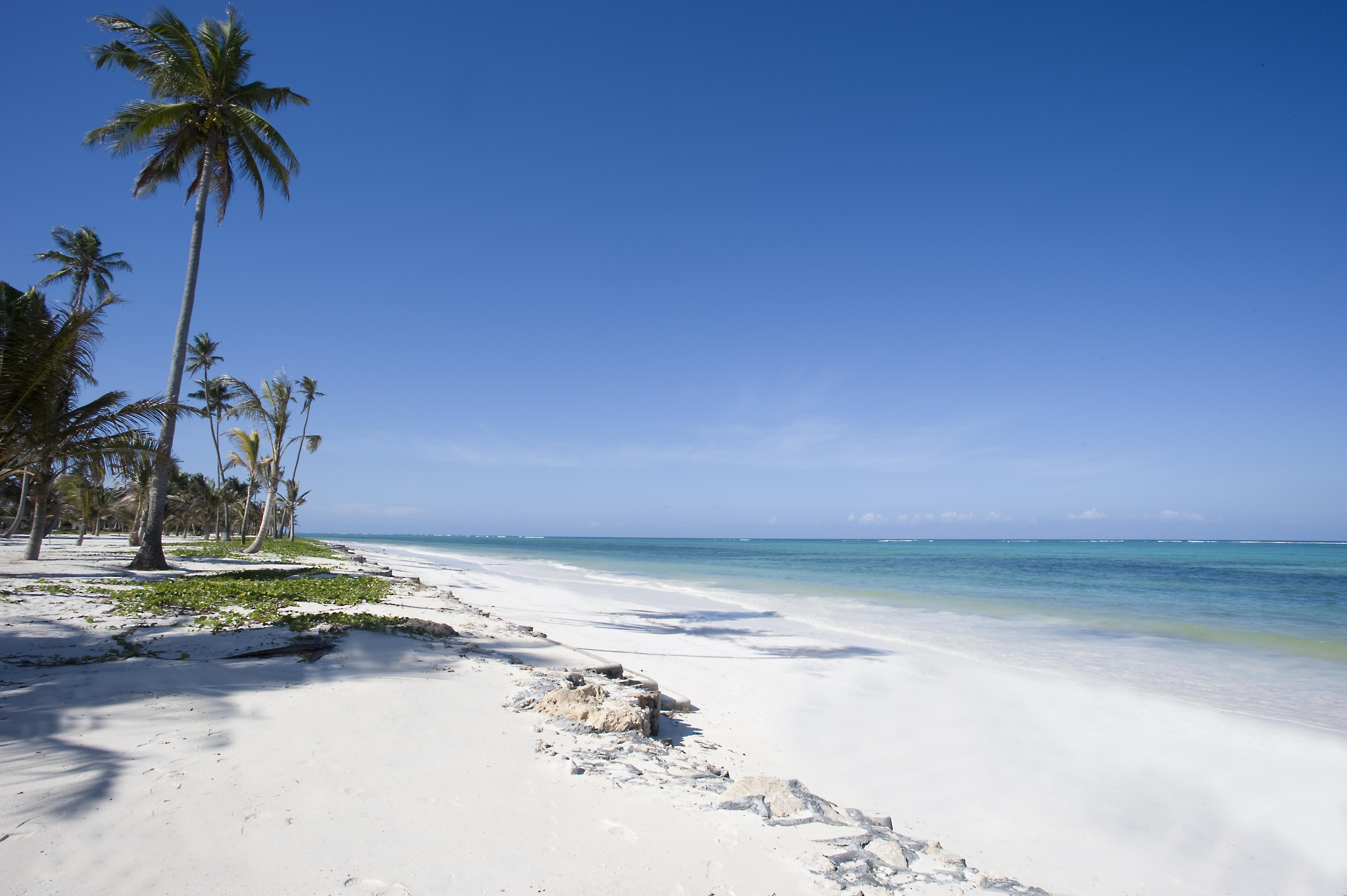 baraza-bwejuu-beach-zanzibar