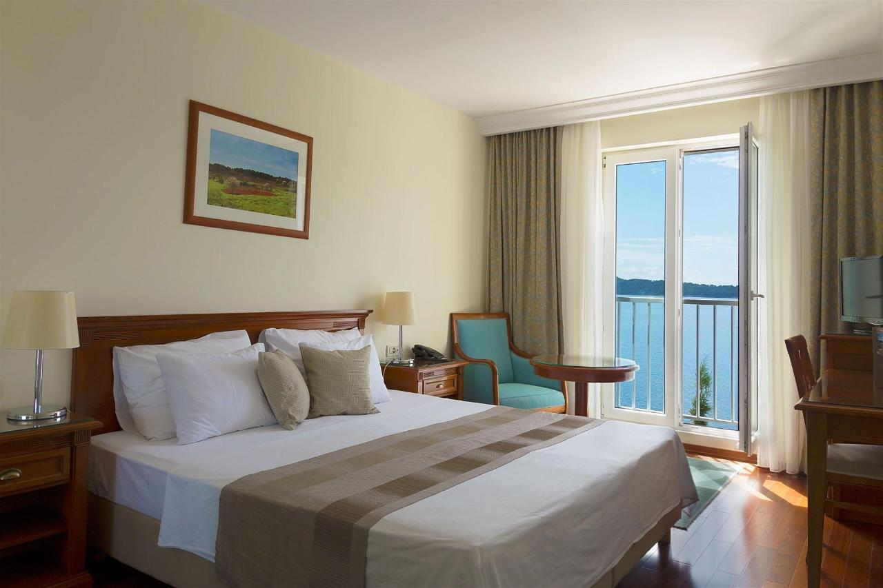 double-sea-view-room-bozica