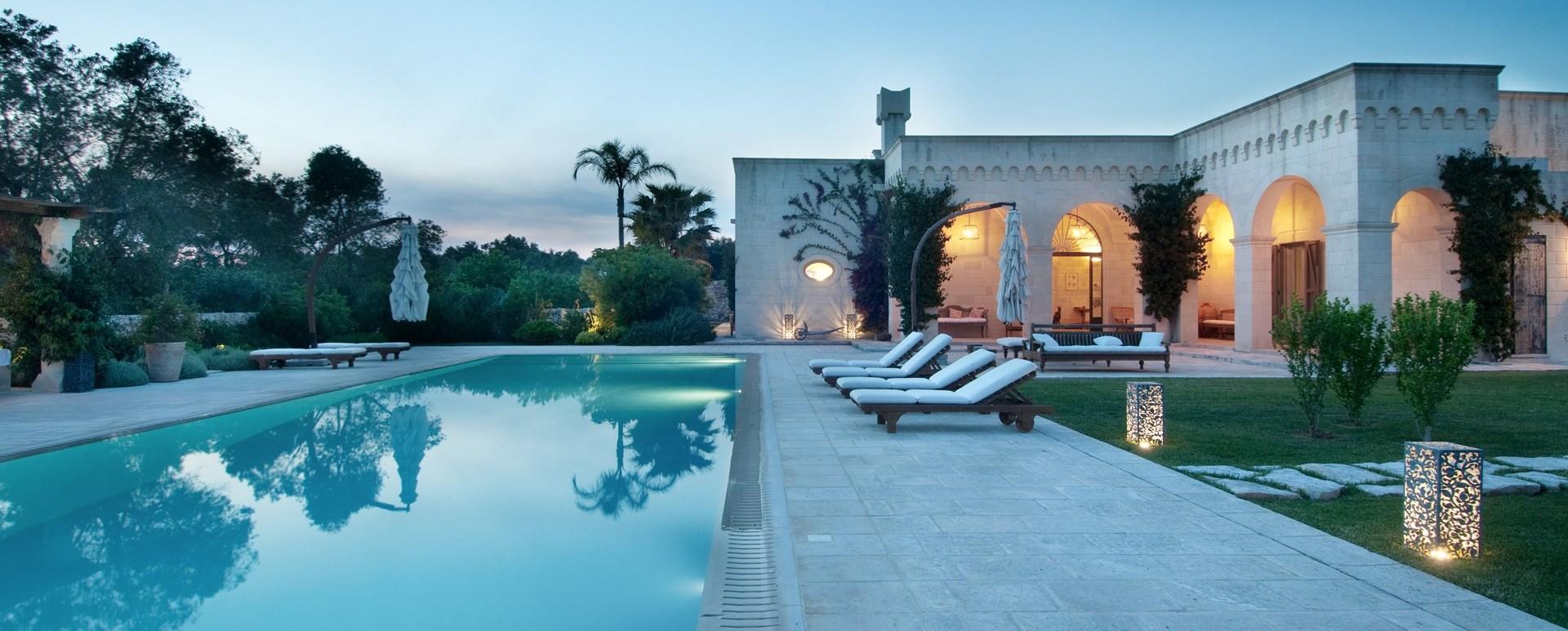 luxury-puglia-villa-twilight