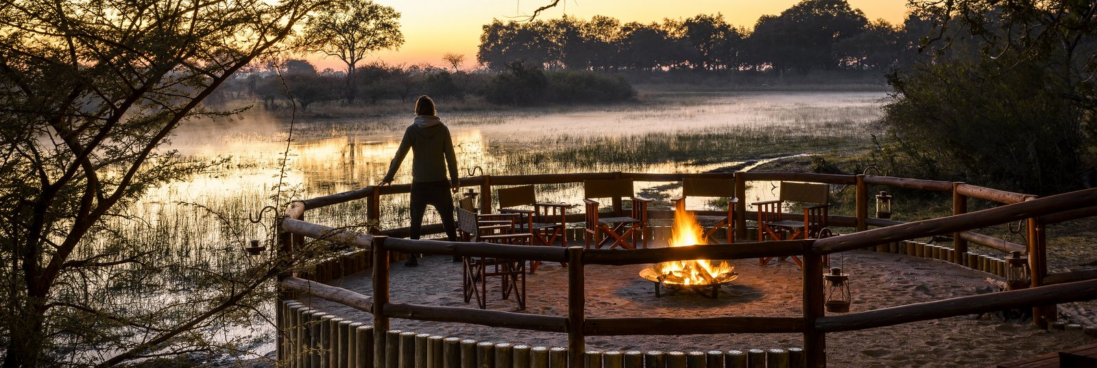 dawn-chiefs-camp-okavango-delta