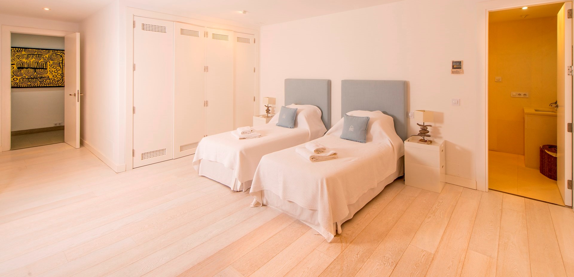 finca-jabali-twin-bedroom