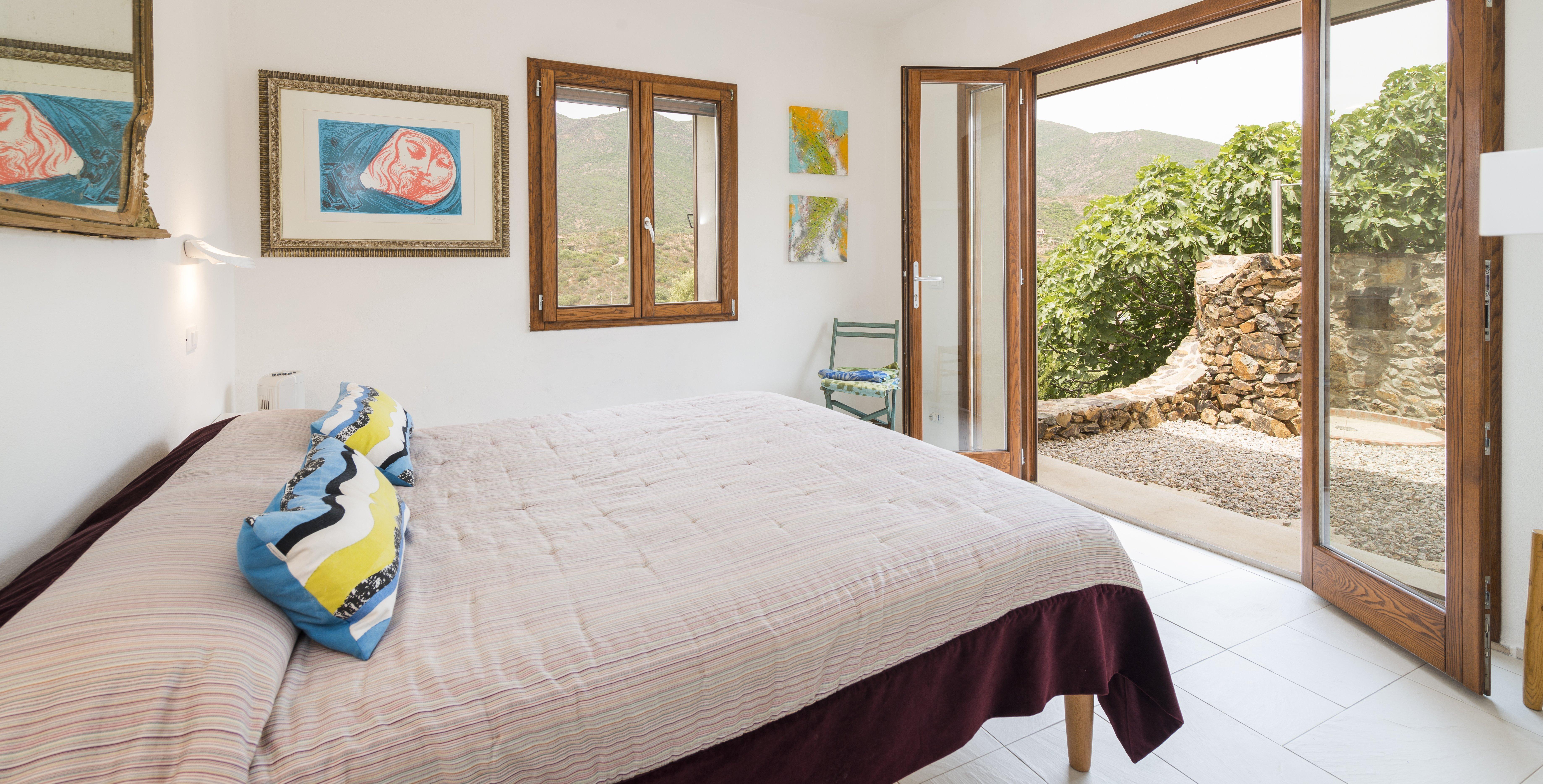 8-bedroom-family-villa-sardinia
