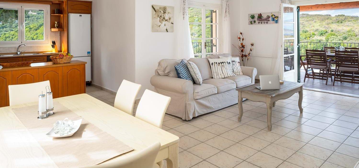 villa-fotoula-open-plan-living