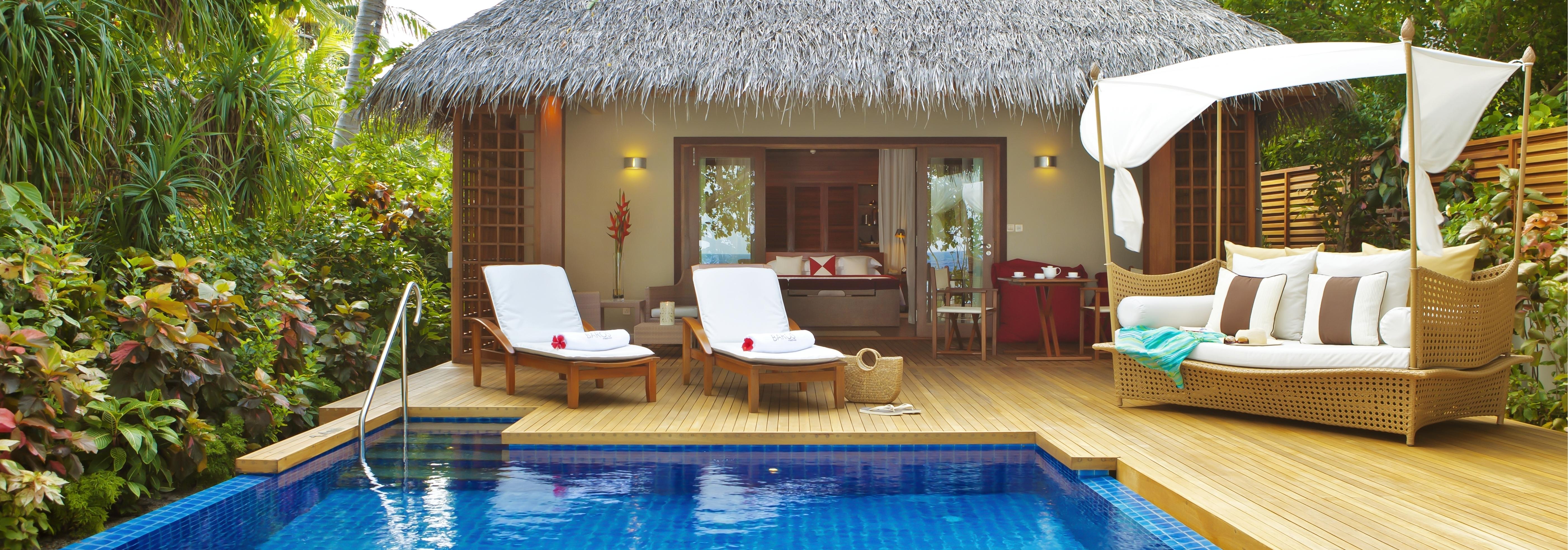 baros-pool-villa-exterior