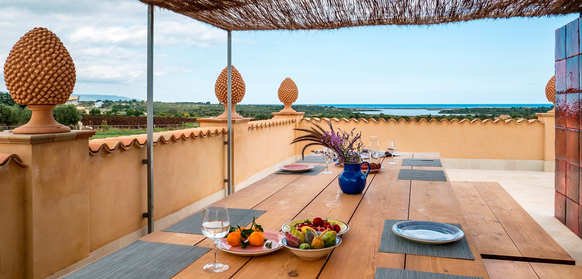villa-dell-aquila-roof-terrace-dining