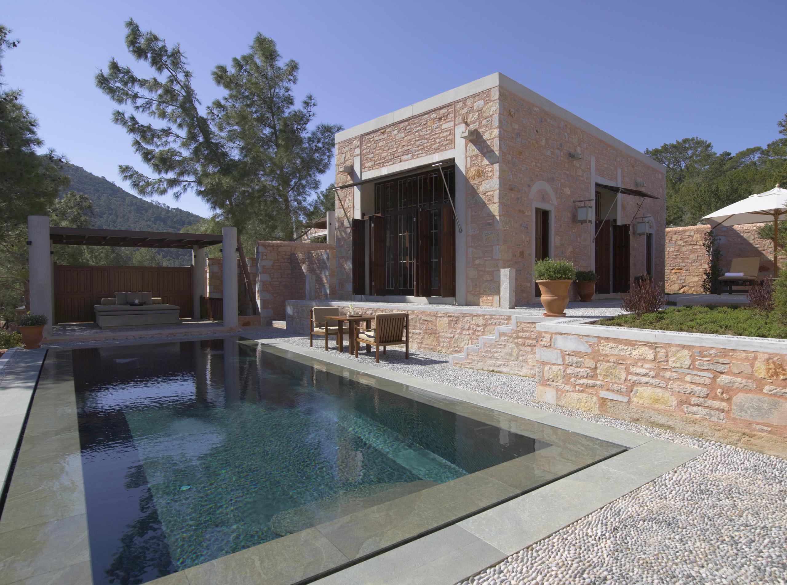 Amanruya-Luxury-Guest-Pavilion