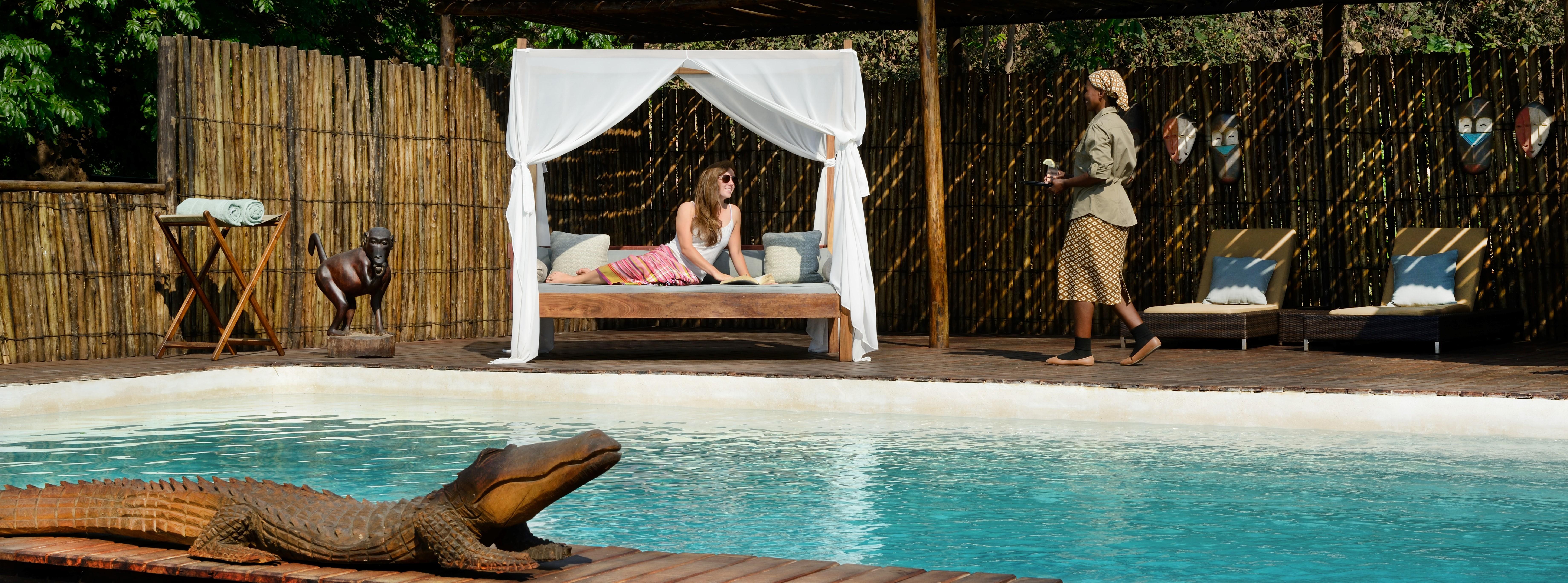 chiawa-camp-zambia-swimming-pool