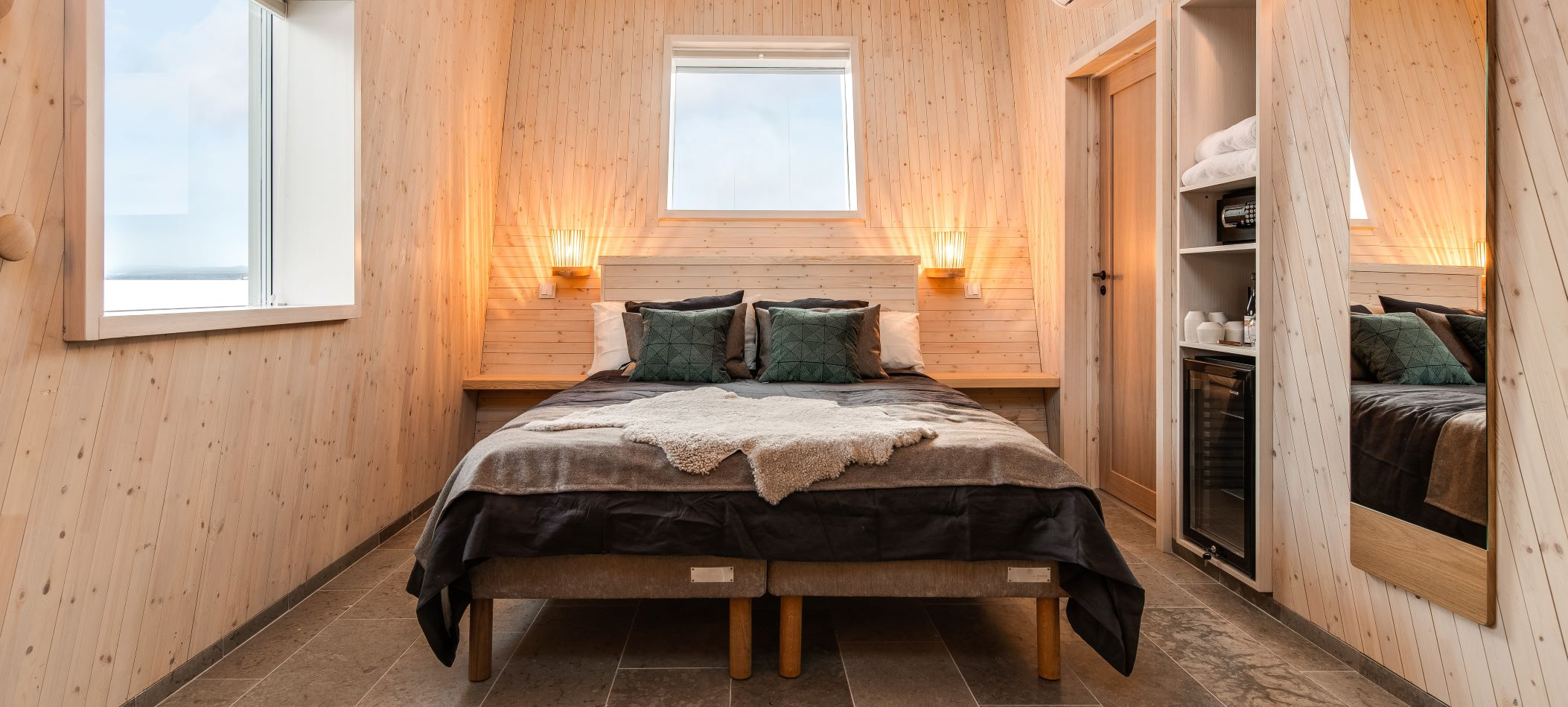 arctic-bath-water-cabin-bedroom