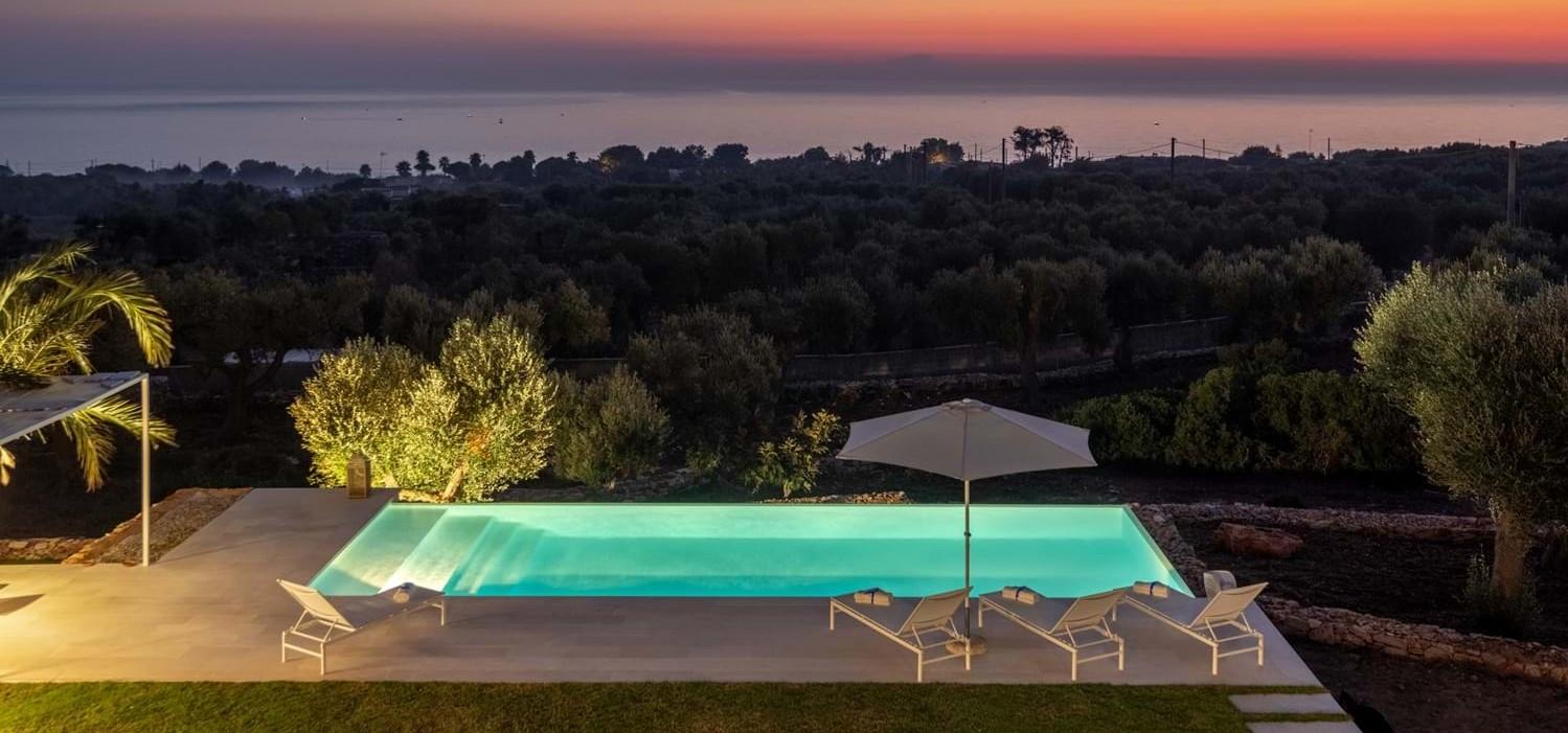 luxury-4-bed-family-seaview-villa-puglia
