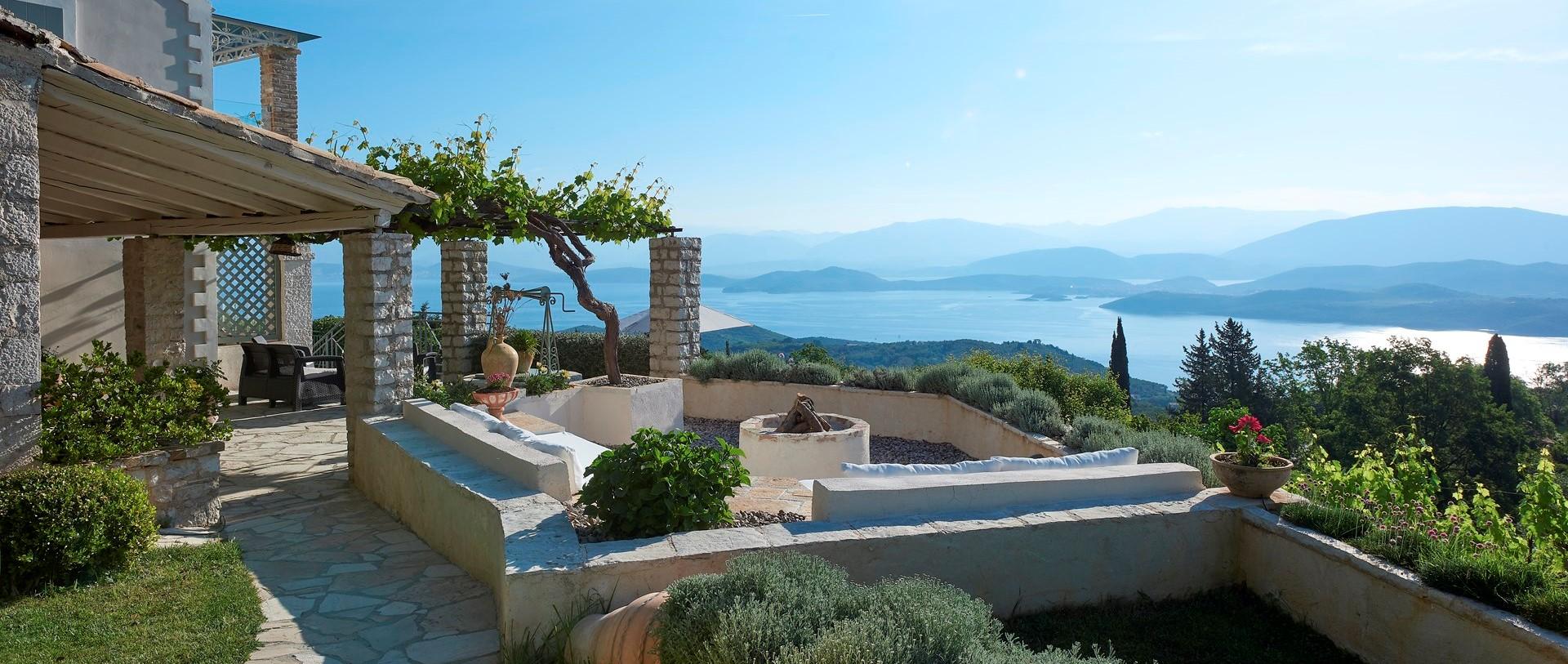 villa-kokkini-corfu-garden-terrace