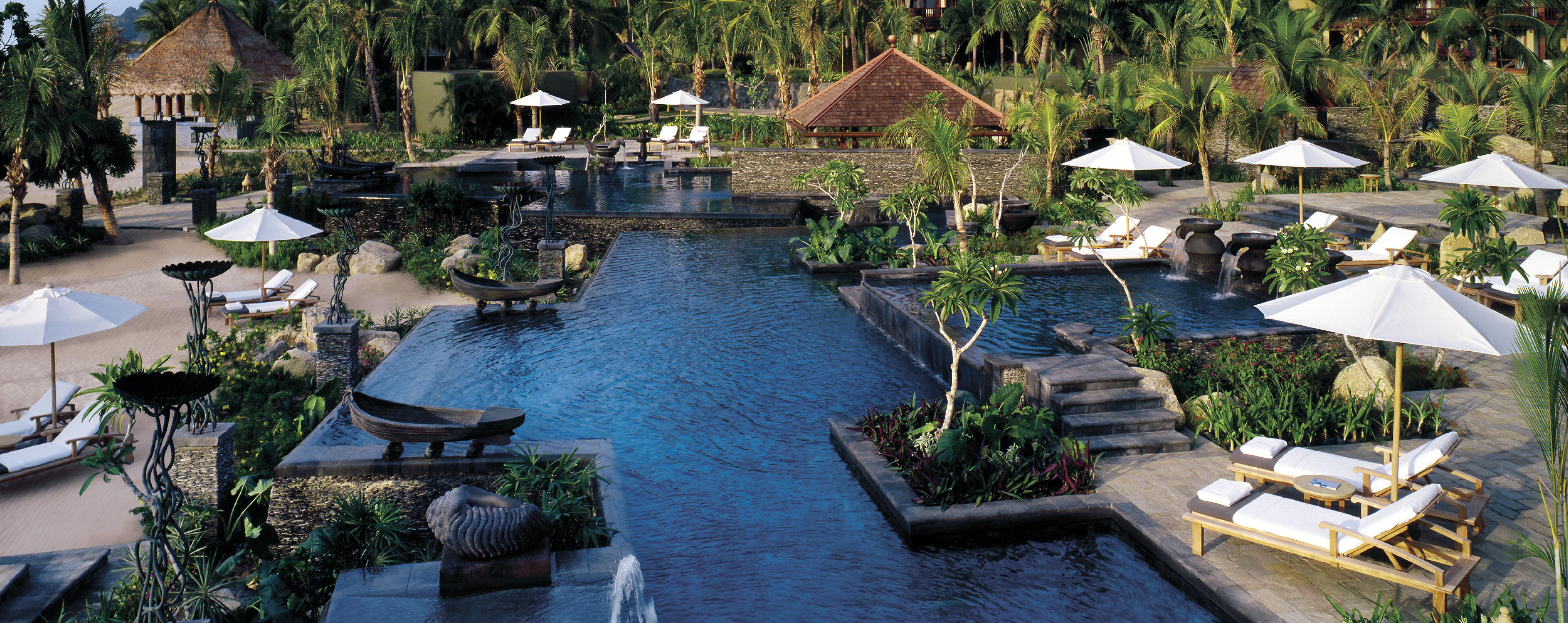 four-seasons-langkawi-family-pool