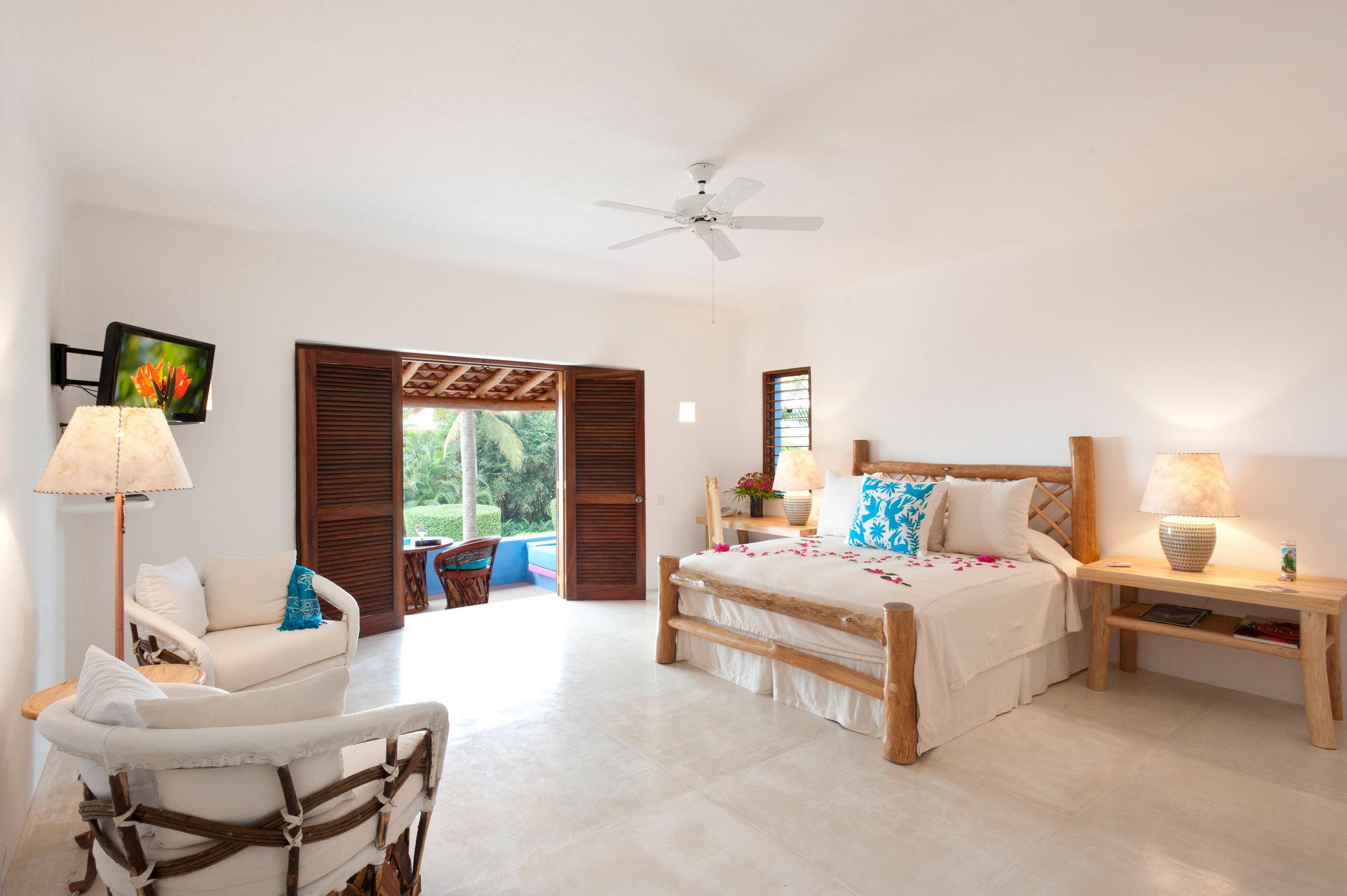 luxury-suite-las-alamandas