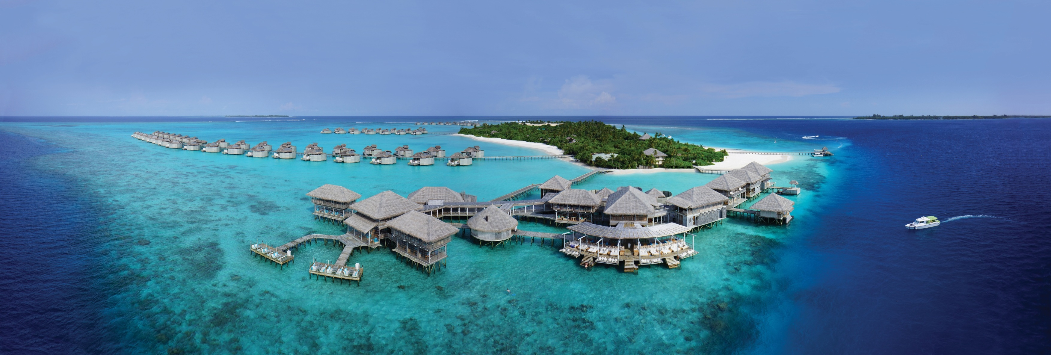 Six_Senses_Laamu_panorama