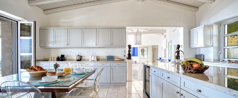 peristera-house-corfu-kitchen
