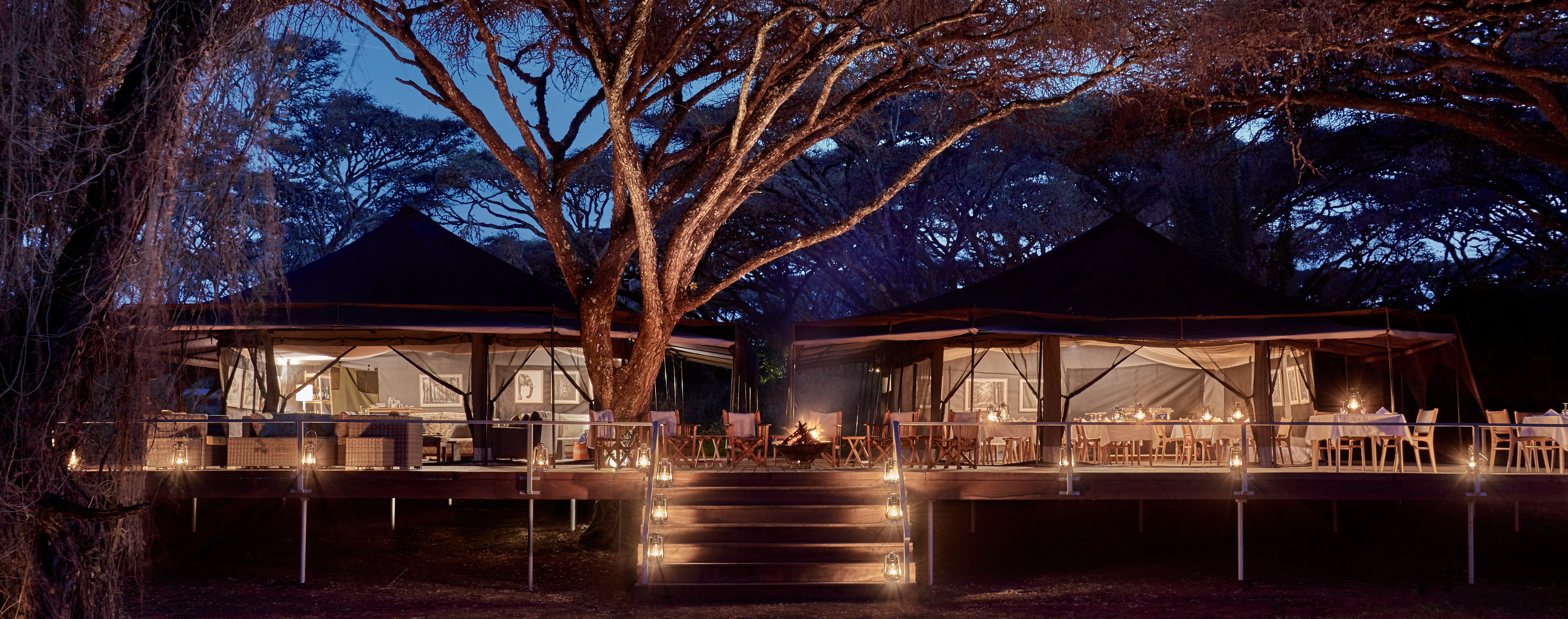 sanctuary-ngorogoro-crater-camp-night