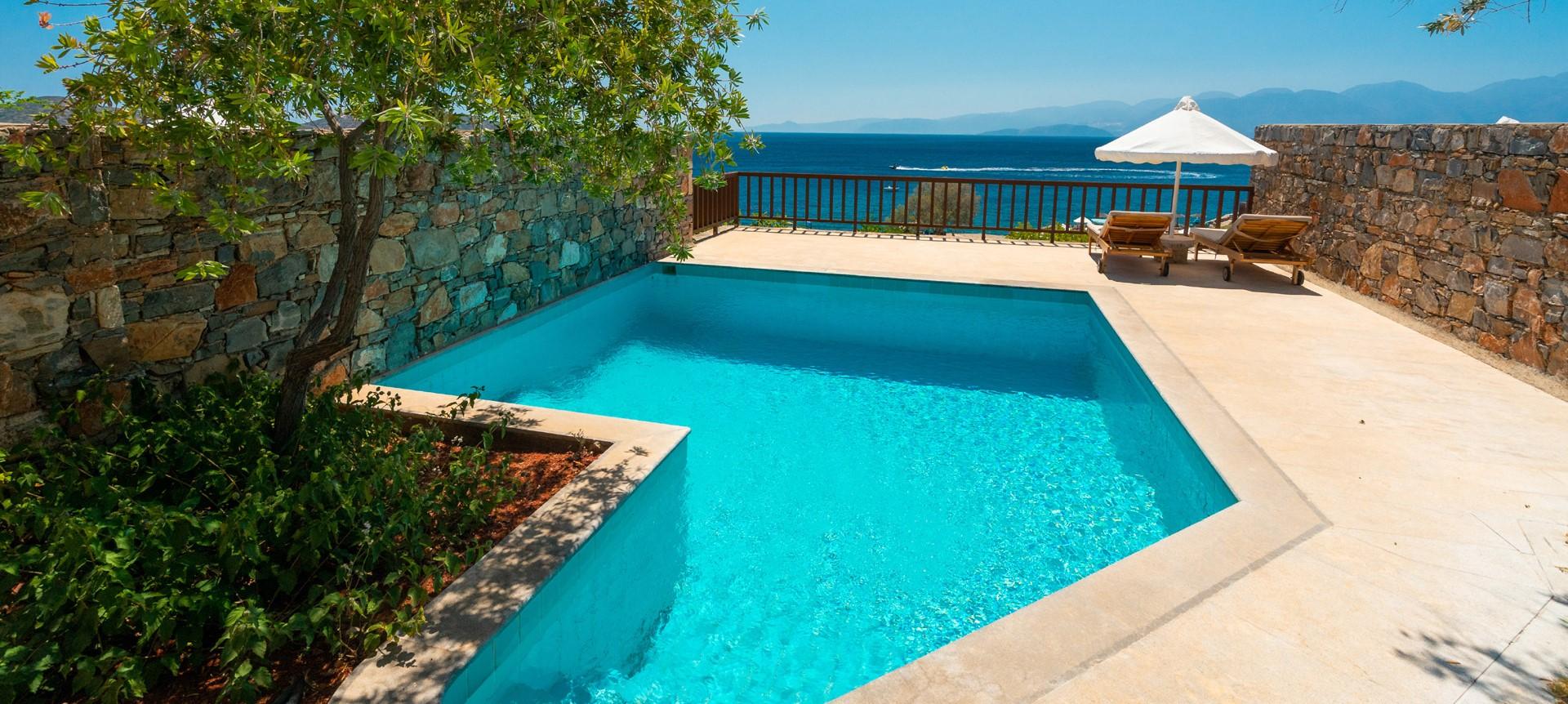 elounda-mare-superior-bungalow-terrace
