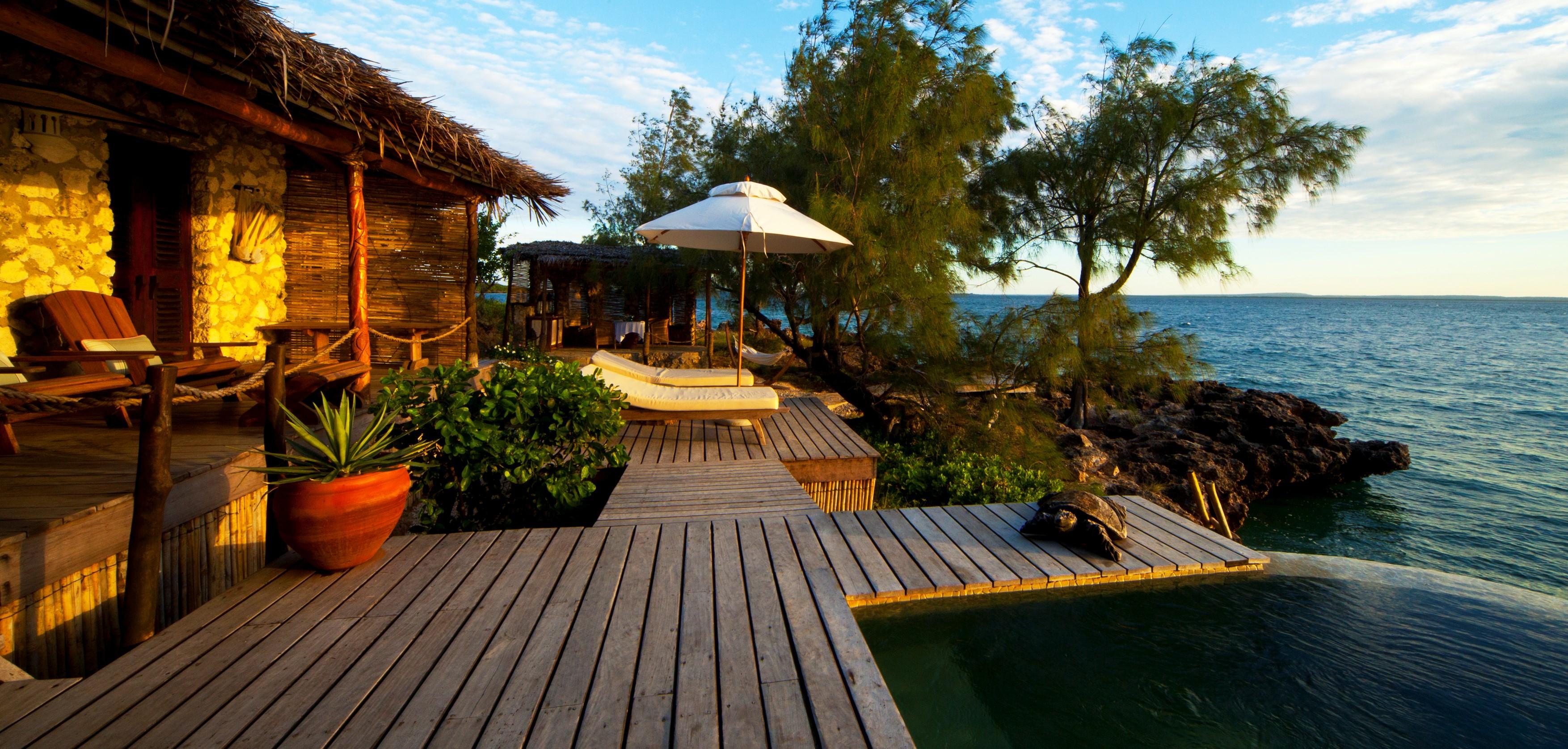 villa_quilalea_deck_view