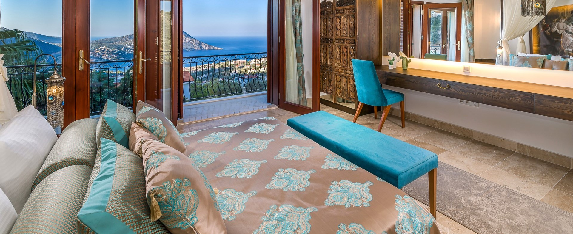 villa-caria-kalkan-master-bedroom
