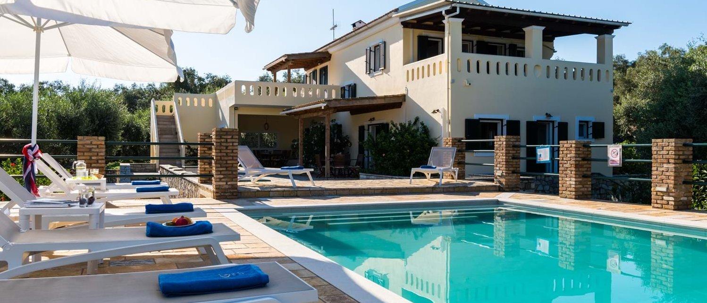 villa-iviscus-paxos-exterior