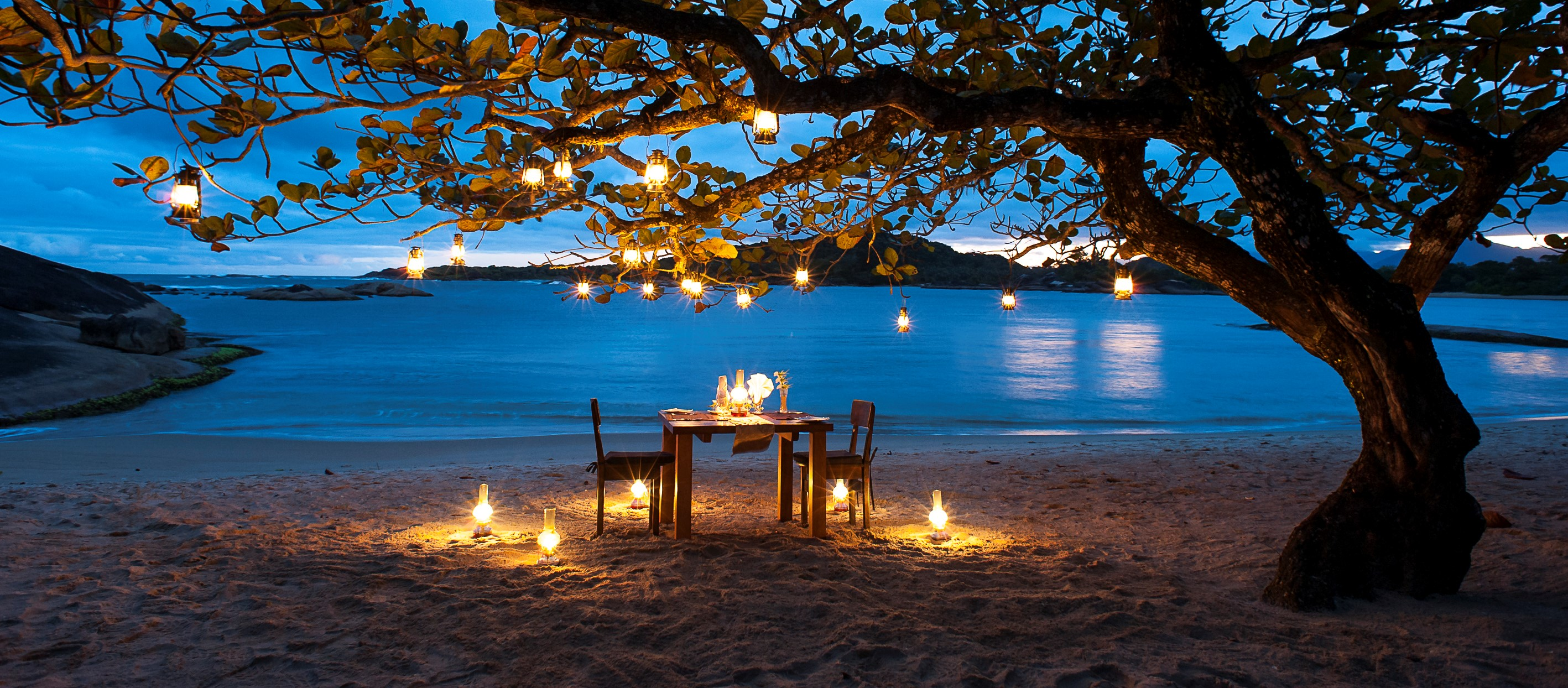 Beach_Dining_Manafiafy_Lodge