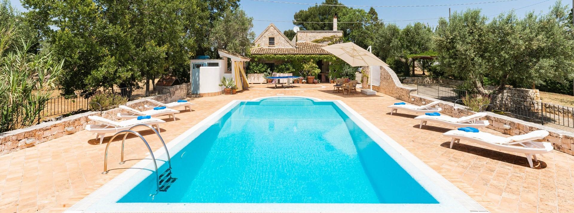 luxury-3-bed-pool-villa-puglia