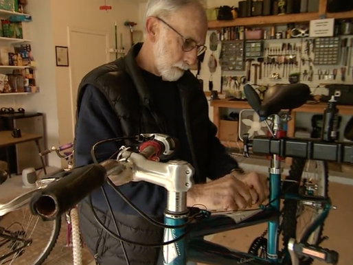 Retiree Fixes Hundreds of Bikes for Free