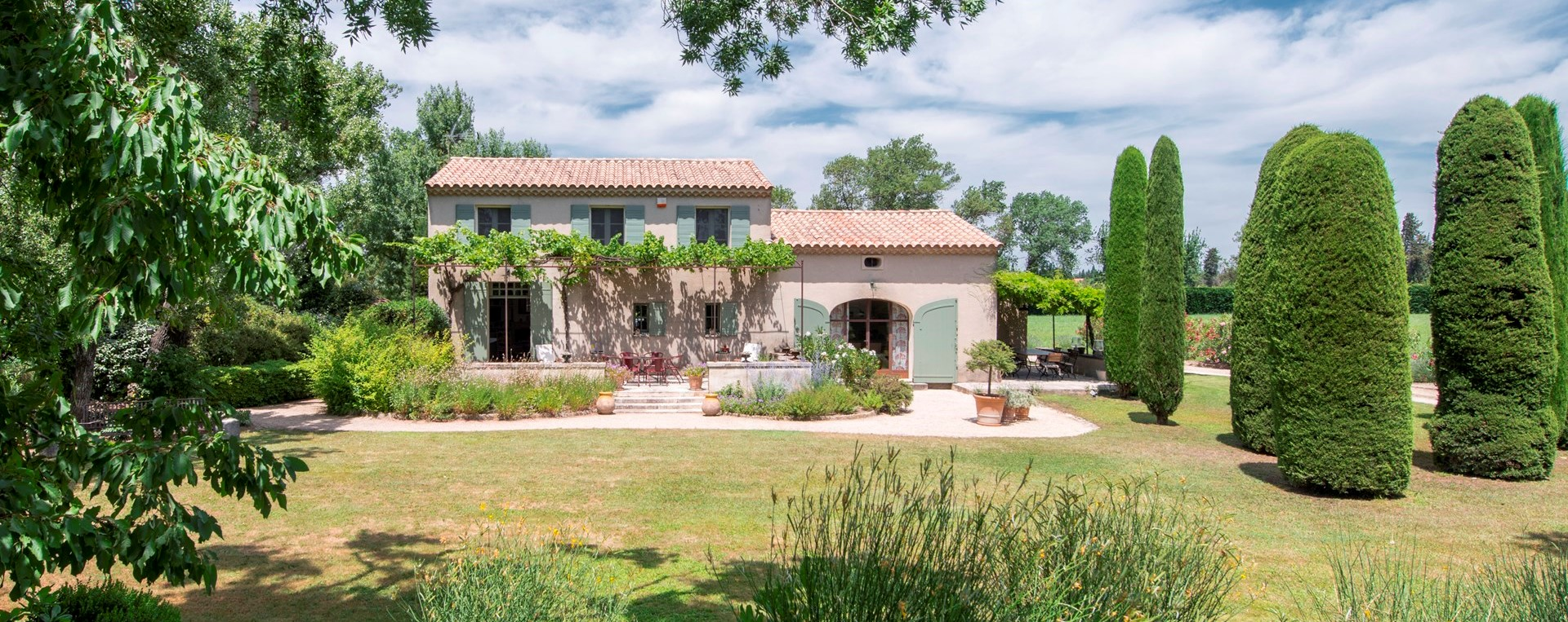 luxury-3-bedroom-villa-provence-france