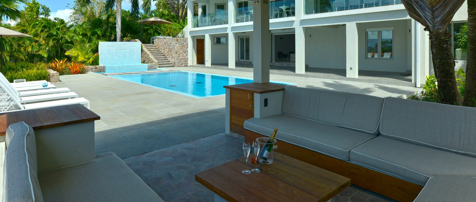 retreat-villa-nevis-poolside-cabana