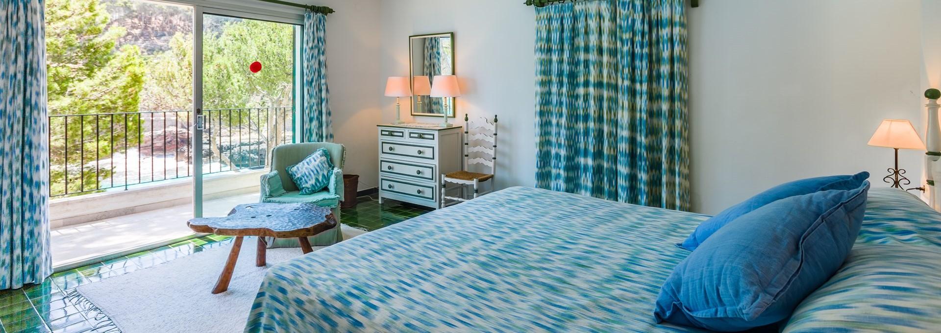 villa-mar-azul-double-bedroom-2